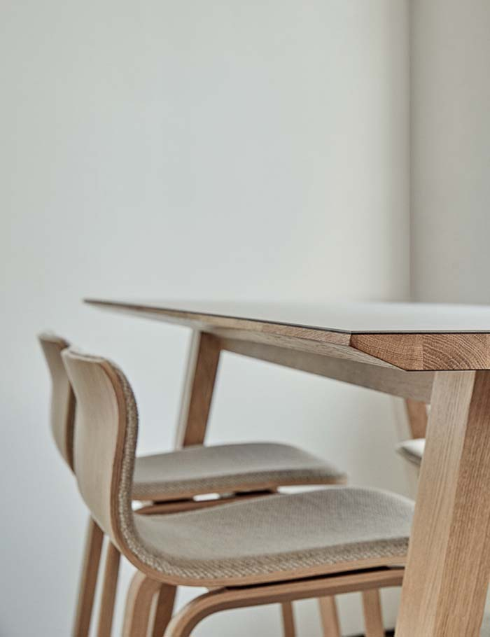 Magnus Olesen, Bar Table Wood
