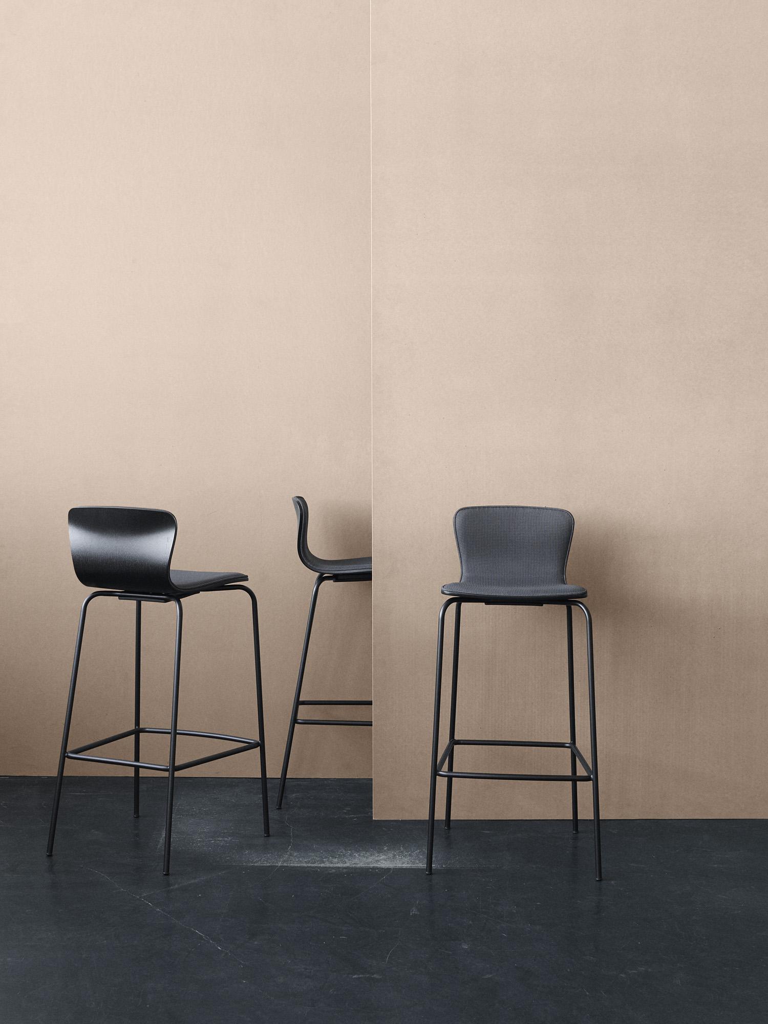 Magnus Olesen, Butterfly Bar Chair