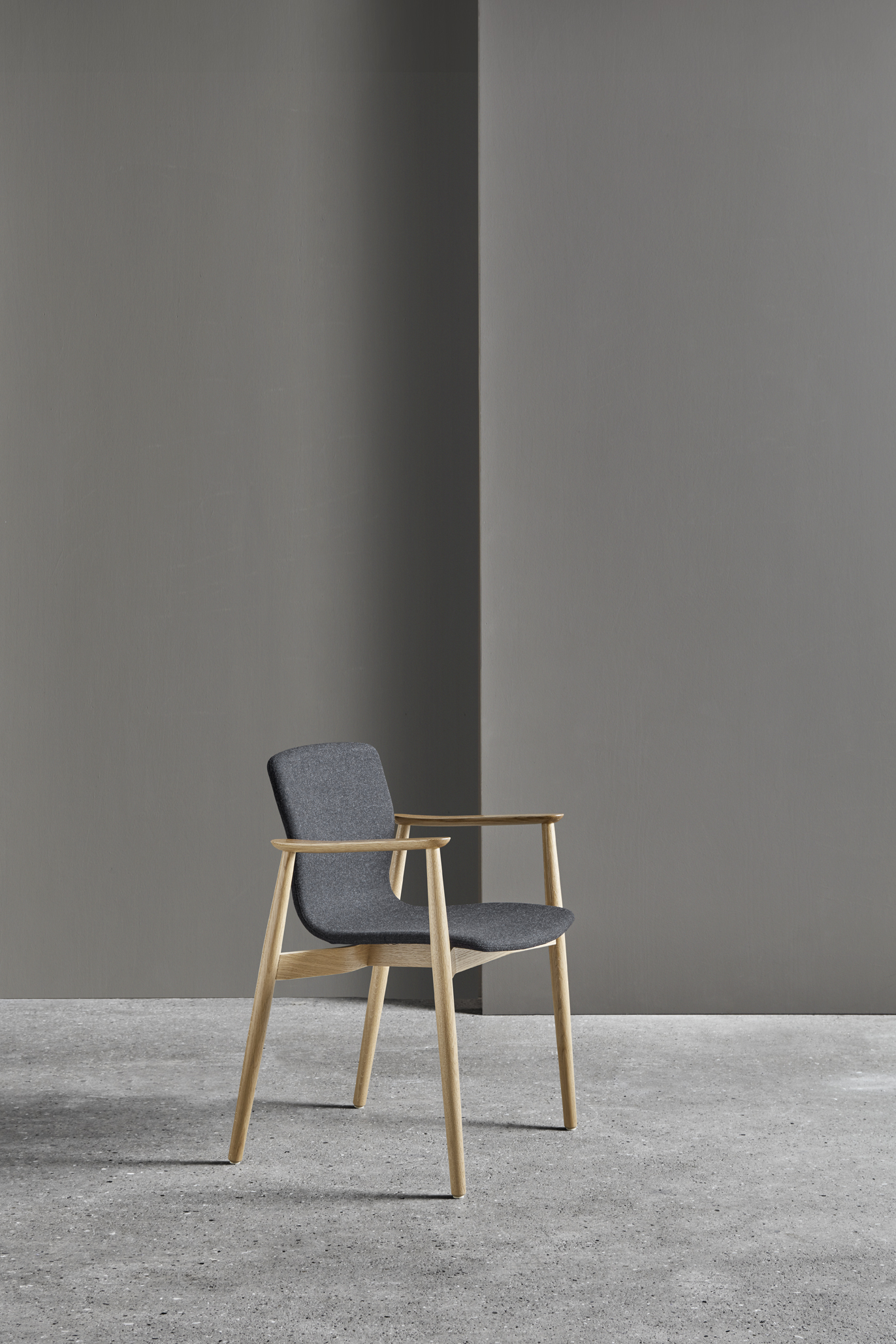 Magnus Olesen, Butterfly Classic Chair