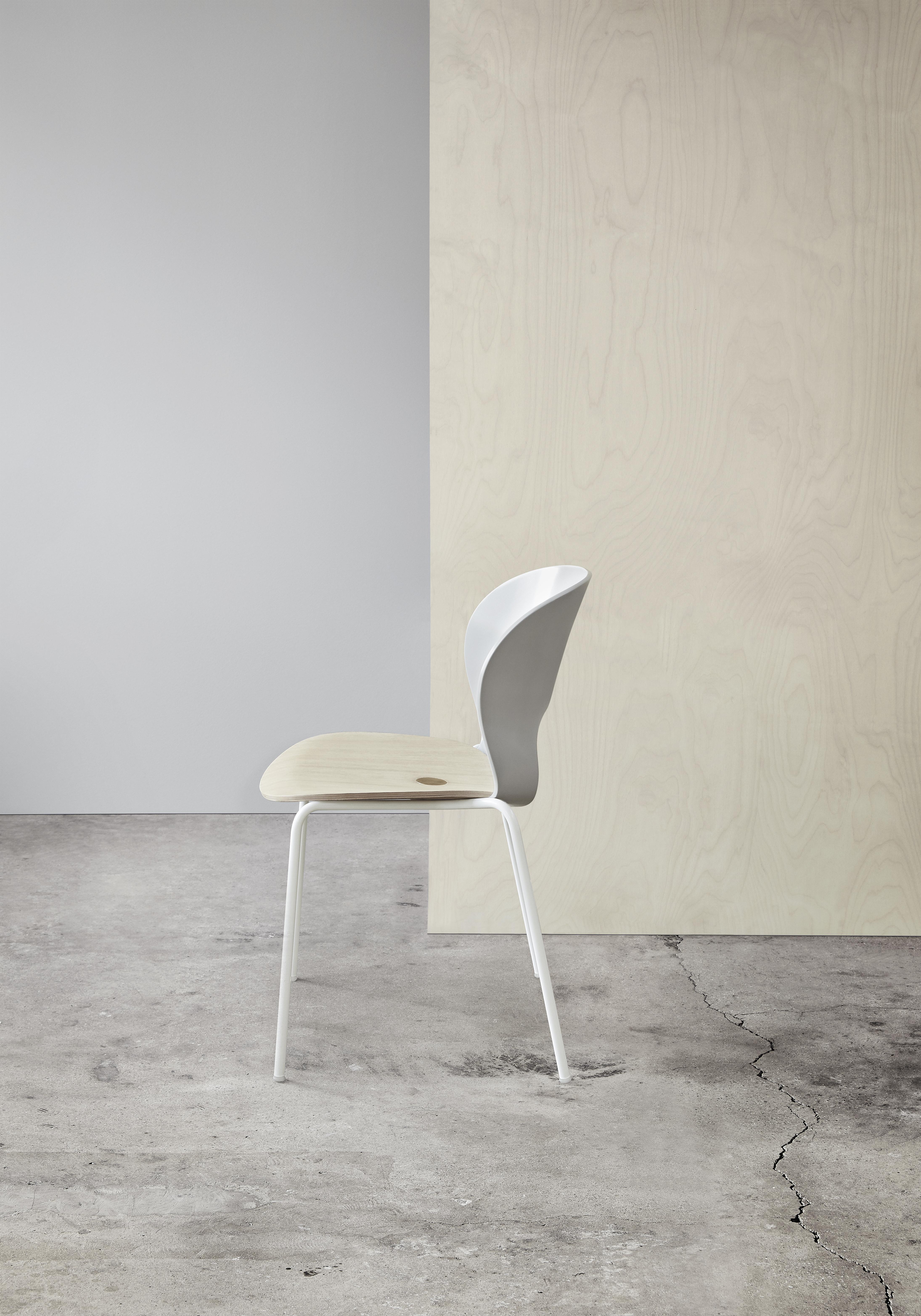 Magnus Olesen, Ø Chair